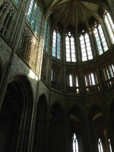 pointed arches in cathedral in MSM
